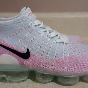 Nike vapormax flyknit 2 women's size us 8